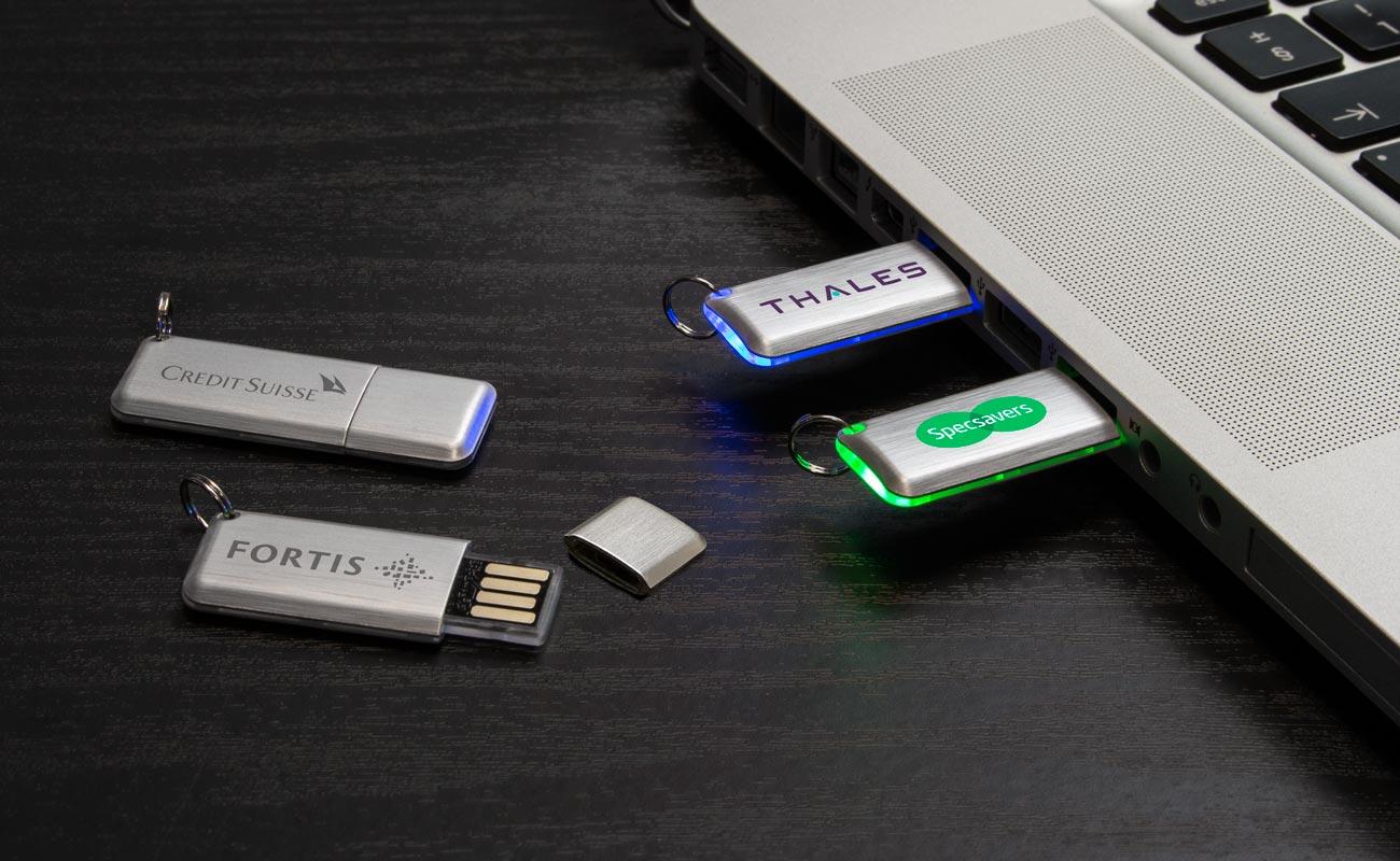 Halo - USB Stick Bedrukken